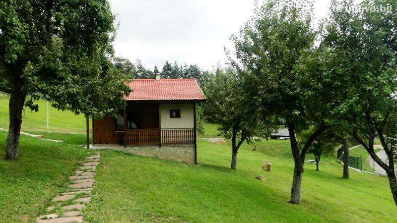 Почивка в планината село Дружево | Комплекс Гарванец